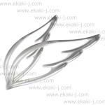 翼をモチーフにしたシルバーアクセサリーのリアルイラスト